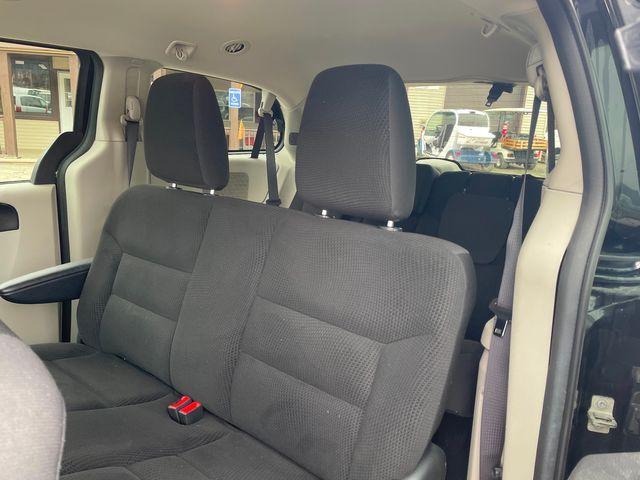 2017 Dodge Grand Caravan SE Hoosick Falls, New York 5