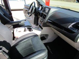 2017 Dodge Grand Caravan SXT Houston, Mississippi 7