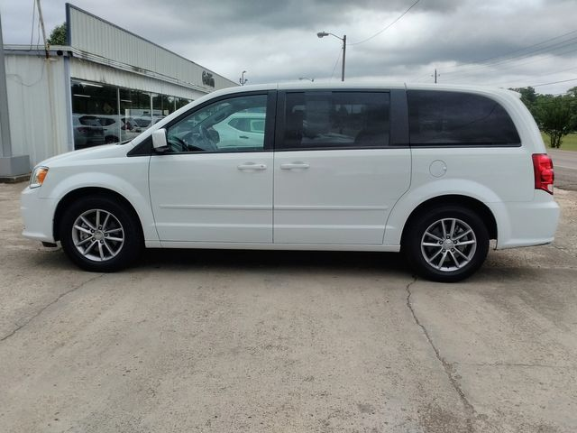 2017 Dodge Grand Caravan SE Plus Houston, Mississippi 3