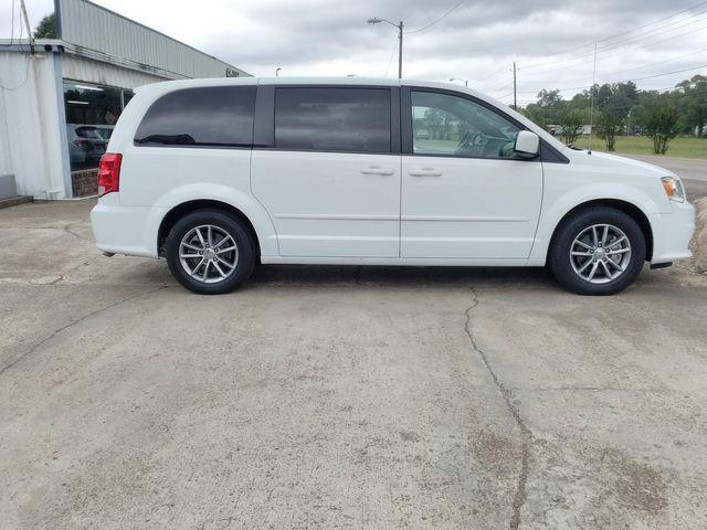 2017 Dodge Grand Caravan SE Plus Houston, Mississippi 2