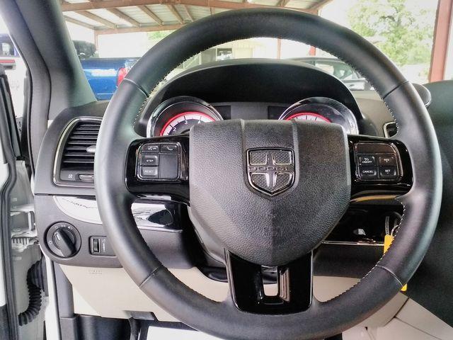 2017 Dodge Grand Caravan SE Plus Houston, Mississippi 11