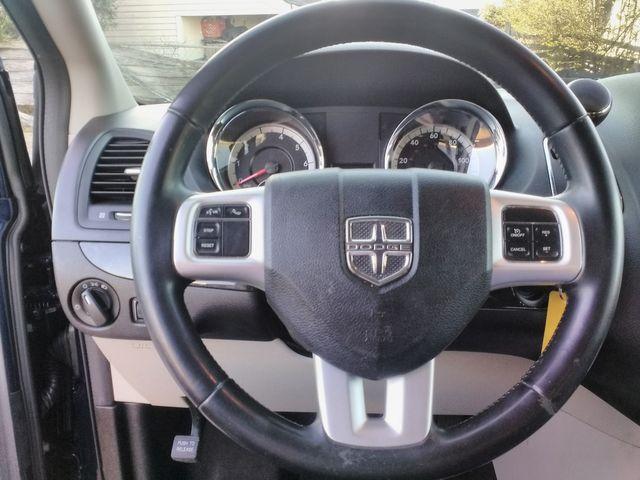 2017 Dodge Grand Caravan SE Houston, Mississippi 12