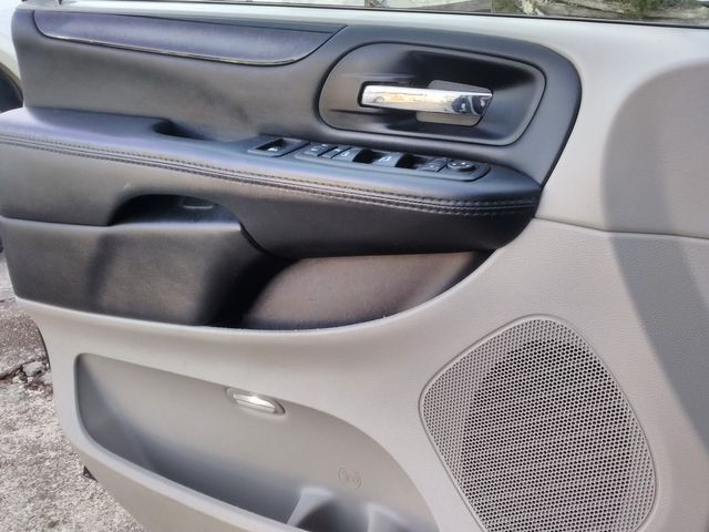 2017 Dodge Grand Caravan SE Houston, Mississippi 19