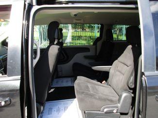 2017 Dodge Grand Caravan SXT Miami, Florida 11