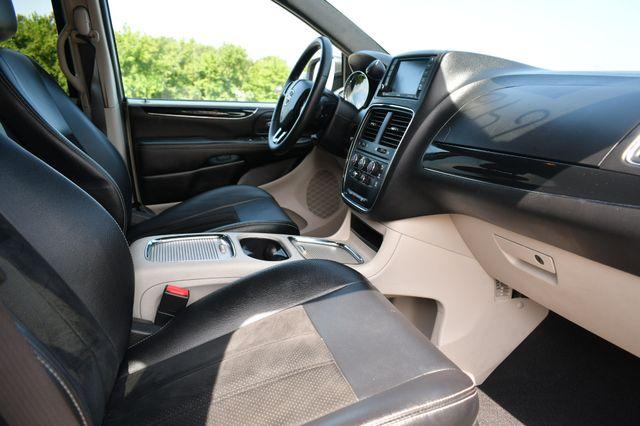 2017 Dodge Grand Caravan SXT Naugatuck, Connecticut 8