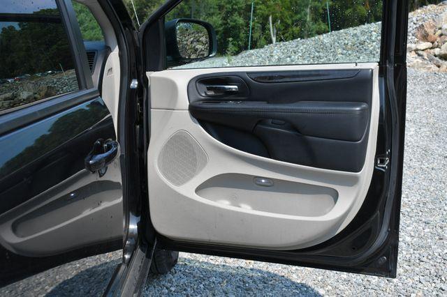 2017 Dodge Grand Caravan SE Naugatuck, Connecticut 10