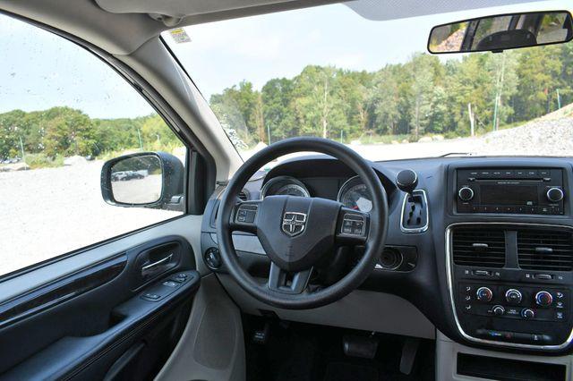 2017 Dodge Grand Caravan SE Naugatuck, Connecticut 12
