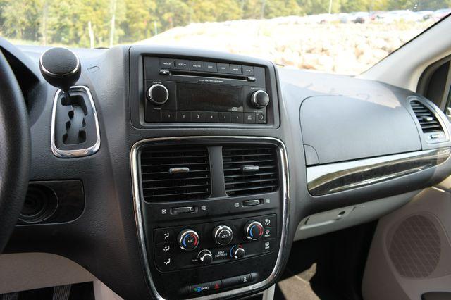 2017 Dodge Grand Caravan SE Naugatuck, Connecticut 17