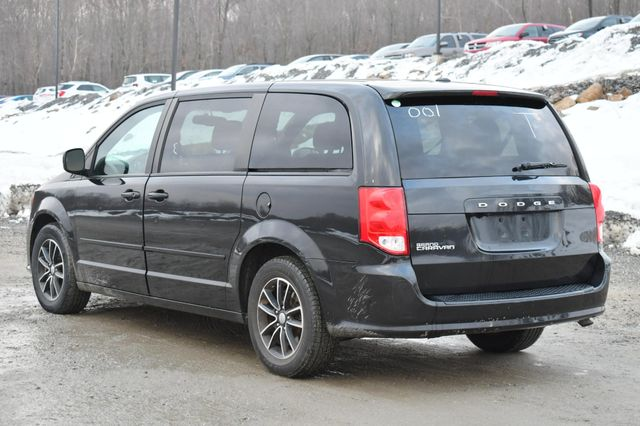 2017 Dodge Grand Caravan SE Plus Naugatuck, Connecticut 4