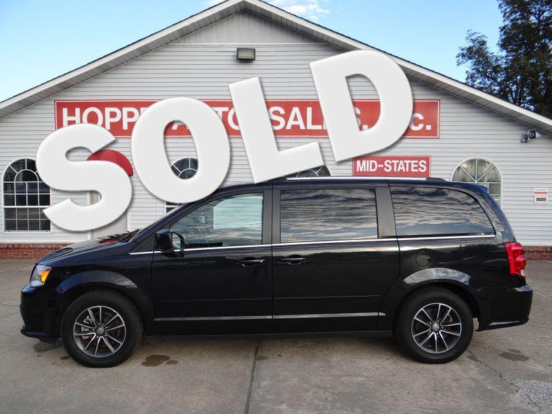2017 Dodge Grand Caravan SXT   Paragould, Arkansas   Hoppe Auto Sales, Inc. in Paragould Arkansas