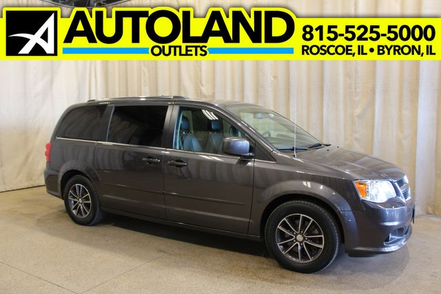 2017 Dodge Grand Caravan SXT in Roscoe, IL 61073