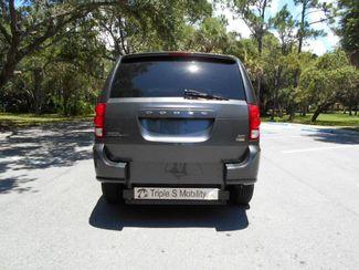 2017 Dodge Grand Caravan Sxt Wheelchair Van Handicap Ramp Van Pinellas Park, Florida 2