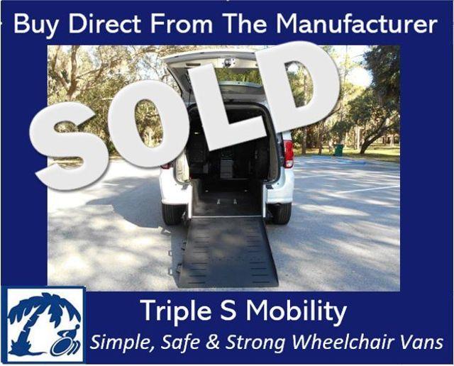 2017 Dodge Grand Caravan Sxt Wheelchair Van Pinellas Park, Florida