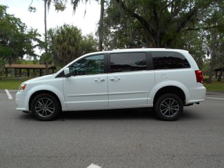 2017 Dodge Grand Caravan Sxt Wheelchair Van Handicap Ramp Van DEPOSIT Pinellas Park, Florida 1