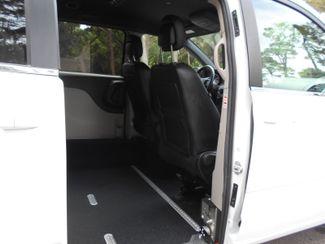 2017 Dodge Grand Caravan Sxt Wheelchair Van Pinellas Park, Florida 6