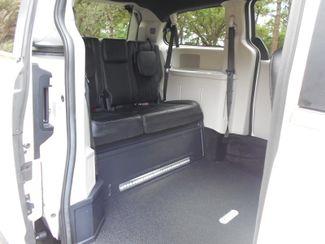 2017 Dodge Grand Caravan Sxt Wheelchair Van Pinellas Park, Florida 8