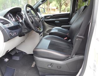 2017 Dodge Grand Caravan Sxt Wheelchair Van Pinellas Park, Florida 9