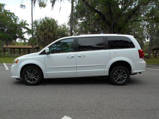 2017 Dodge Grand Caravan Sxt Wheelchair Van Handicap Ramp Van Pinellas Park, Florida 1