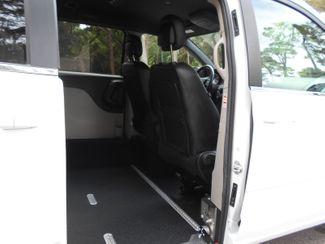 2017 Dodge Grand Caravan Sxt Wheelchair Van Handicap Ramp Van Pinellas Park, Florida 7