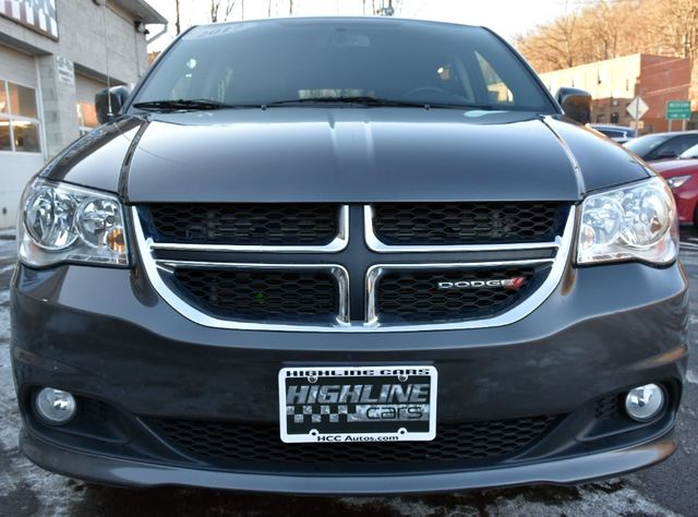 2017 Dodge Grand Caravan SXT Waterbury, Connecticut 9