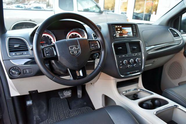 2017 Dodge Grand Caravan SXT Waterbury, Connecticut 13