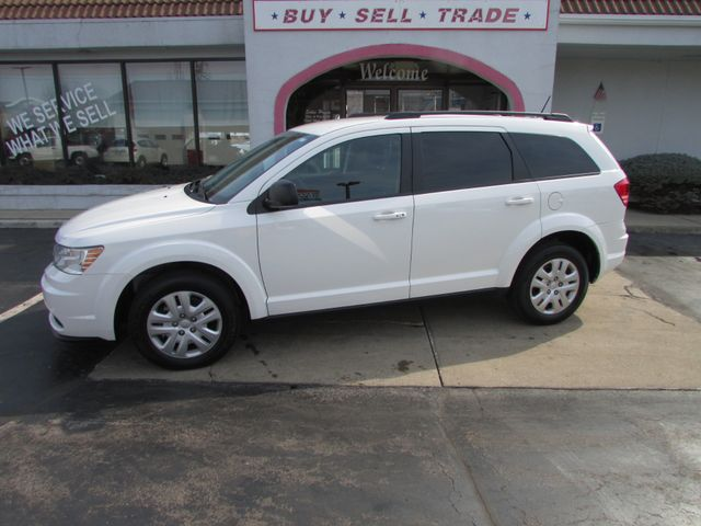 2017 Dodge Journey SE in Fremont, OH 43420