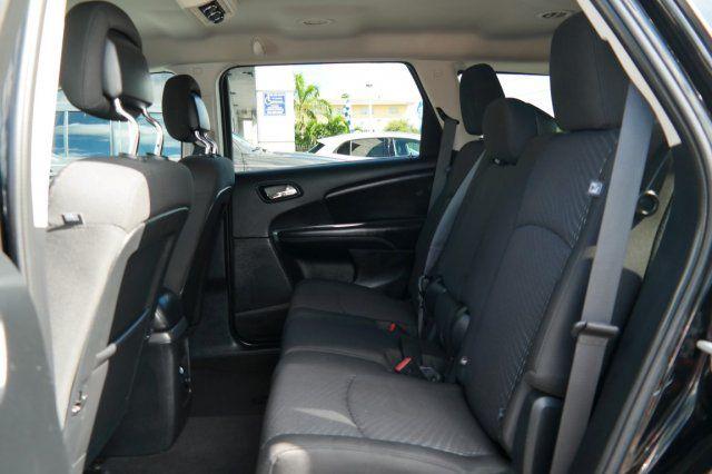 2017 Dodge Journey SXT Hialeah, Florida 26