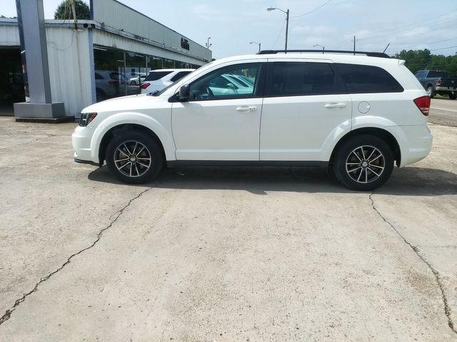 2017 Dodge Journey SE Houston, Mississippi 3