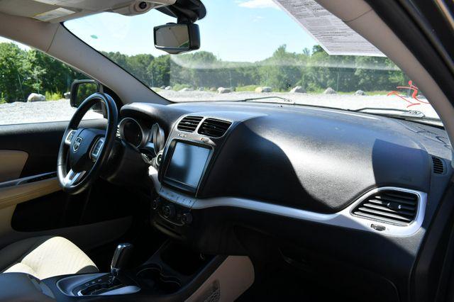 2017 Dodge Journey SXT AWD Naugatuck, Connecticut 10