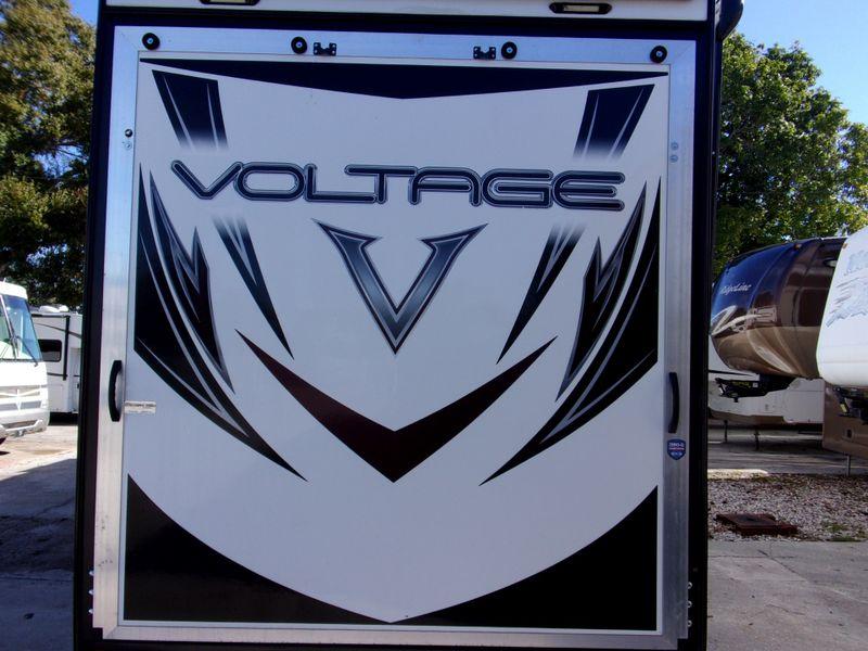 2017 Dutchmen VOLTAGE 44FT  city FL  Manatee RV  in Palmetto, FL