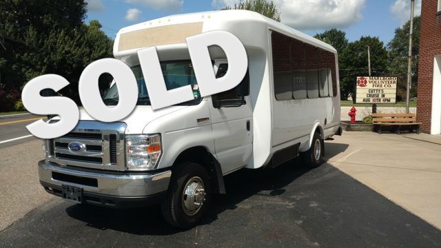 2017 Eldorado National 14 Passenger - 12&2 floor plan Wheelchair Accessible Alliance, Ohio