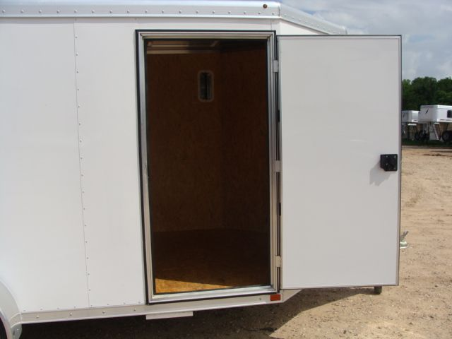 2017 Featherlite 1610 - 12 Encl Utility 12' ENCLOSED UTILITY CONROE, TX 18