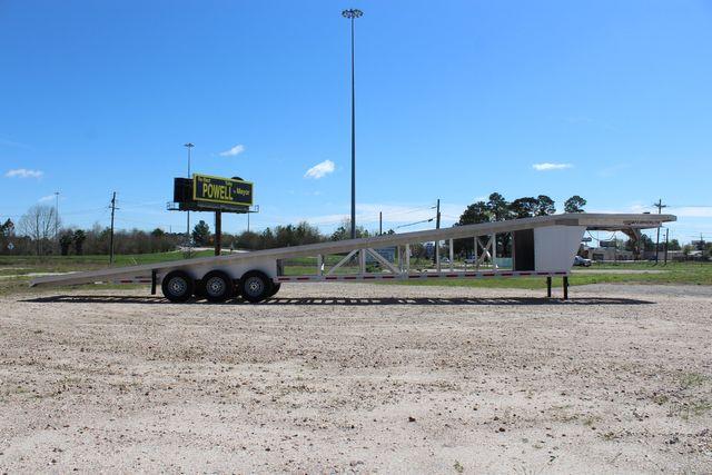 2017 Featherlite 3150-8653 53' WEDGE CAR TRAILER CONROE, TX 19