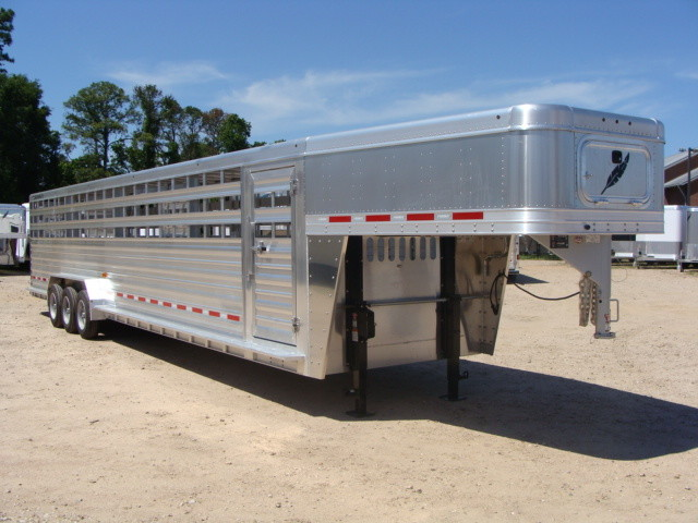2017 Featherlite 8127 - 36' Stock Trailer 36' LIVESTOCK/ CATTLE TRAILER CONROE, TX 41