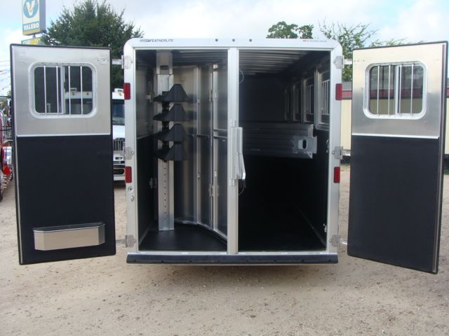 2017 Featherlite 8542 4H Four Horse CONROE, TX 30