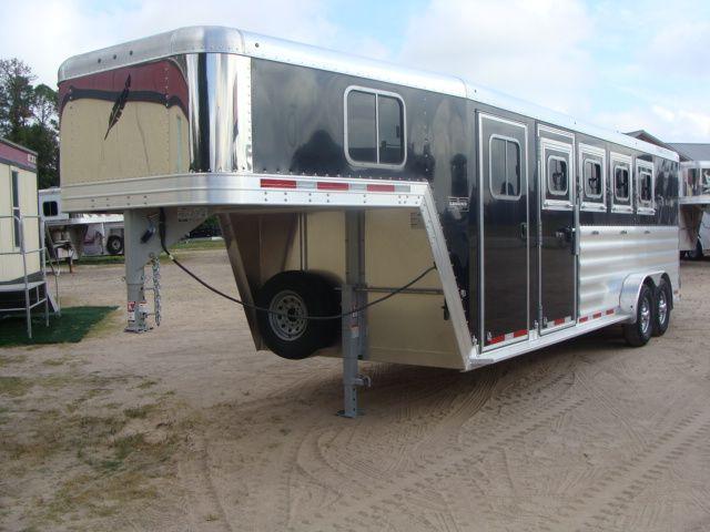 2017 Featherlite 8542 4H Four Horse CONROE, TX 8
