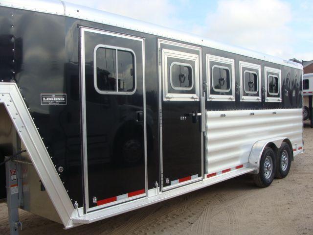 2017 Featherlite 8542 4H Four Horse CONROE, TX 6