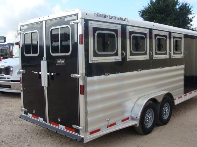 2017 Featherlite 8542 4H Four Horse CONROE, TX 35
