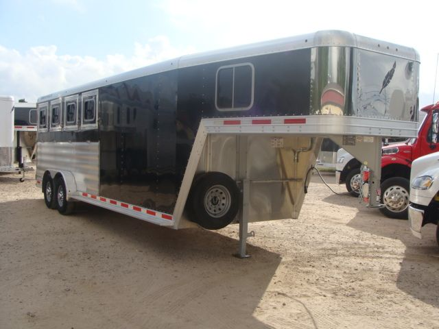 2017 Featherlite 8542 4H Four Horse CONROE, TX 42