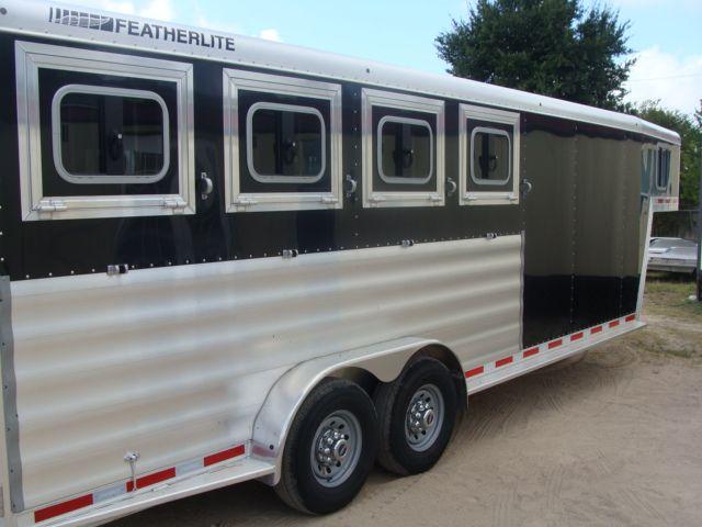 2017 Featherlite 8542 4H Four Horse CONROE, TX 37