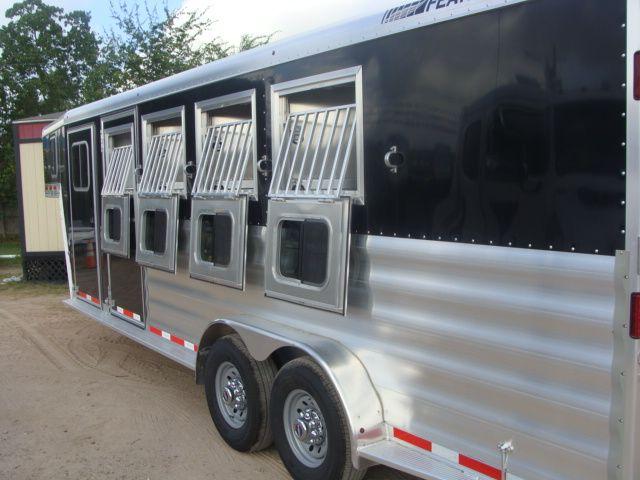 2017 Featherlite 8542 4H Four Horse CONROE, TX 26