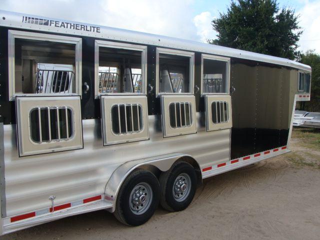 2017 Featherlite 8542 4H Four Horse CONROE, TX 38