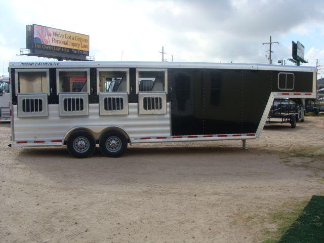 2017 Featherlite 8542 4H Four Horse CONROE, TX 41