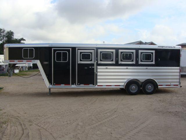 2017 Featherlite 8542 4H Four Horse CONROE, TX 10