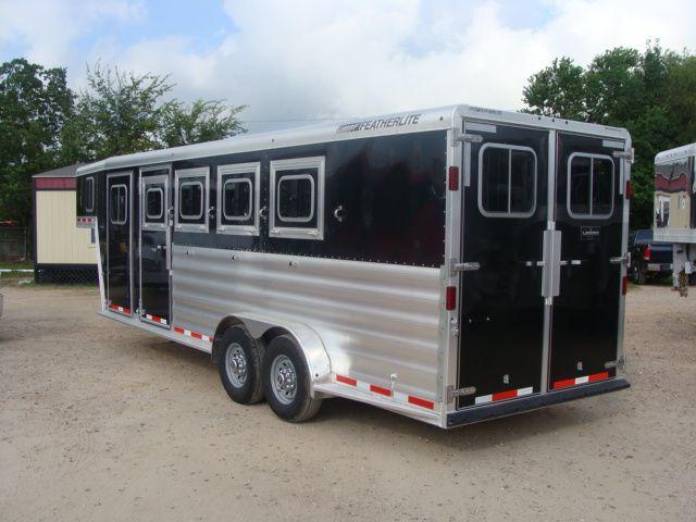 2017 Featherlite 8542 4H Four Horse CONROE, TX 23