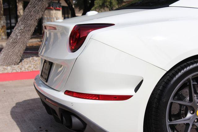 2017 Ferrari California T Austin , Texas 17