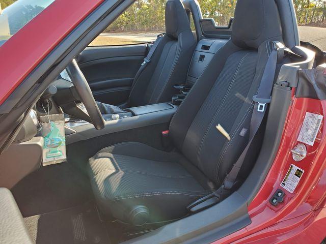 2017 Fiat 124 Spider Classica in Hope Mills, NC 28348