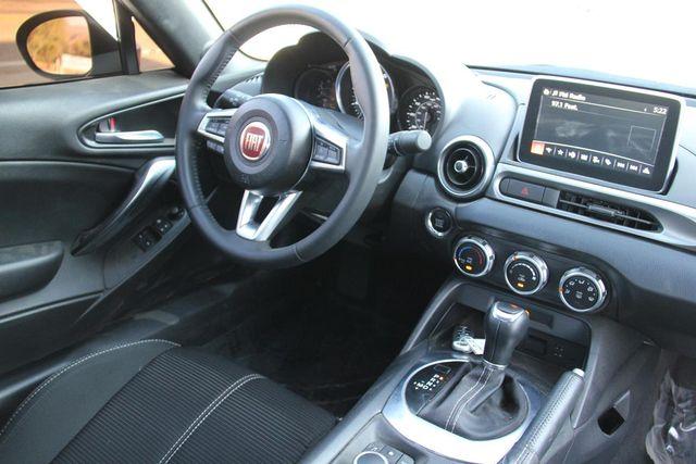 2017 Fiat 124 Spider Classica Santa Clarita, CA 17