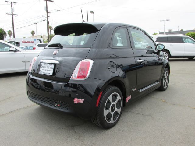 2017 Fiat 500e Coupe in Costa Mesa, California 92627