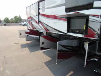 2017 Fleetwood Pace Arrow  33D Like New! Only 4K Miles! Bend, Oregon 28